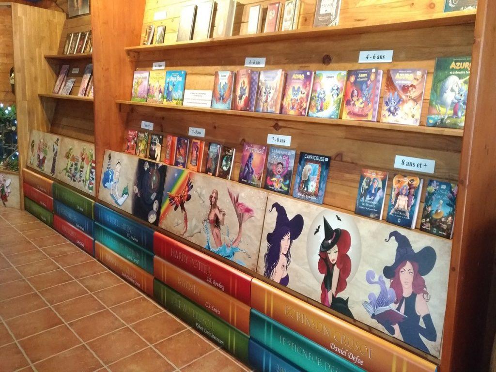 Livres de fées, dragons, licornes à la boutique du parc Fantassia