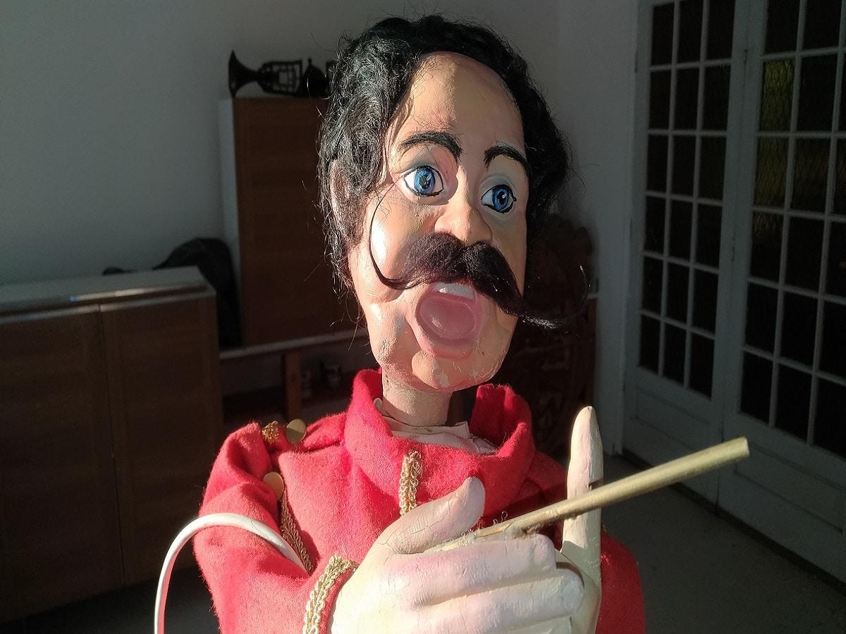 Automate chef d'orchestre de l'attraction le Magic Circus, parc Fantassia